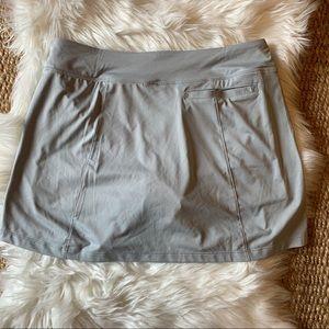 Nike Golf skirt gray dri-fit sz M